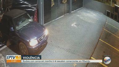 Roubos com carro em marcha à ré assustam comerciantes em Ribeirão Preto, SP - Prática ocorre em lojas de diversos segmentos. Prejuízo causado aos lojistas é grande.