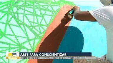 Escola ganha arte em grafite com mensagem de preservação ambiental - Escola ganha arte em grafite com mensagem de preservação ambiental