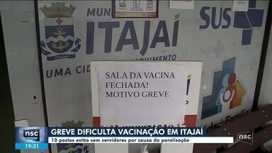 Paralisação de servidores em Itajaí dificulta vacinação contra a Covid - Paralisação de servidores em Itajaí dificulta vacinação contra a Covid