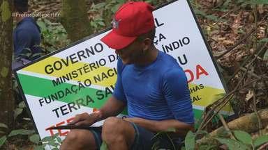 Indígenas Munduruku marcam território na Floresta Amazônica - No Pará, o repórter Erik von Poser fez uma expedição com os indígenas Munduruku. Eles dormiram quatro noites em redes na Floresta Amazônica para distribuir placas e marcar território.