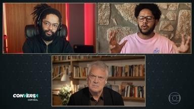 Emicida e Fióti comentam sobre a série 'O Enigma da Energia Escura' e o preconceito racial - Eles falam sobre as desigualdades criadas e sobre a eugenia. Confira alguns trechos da série