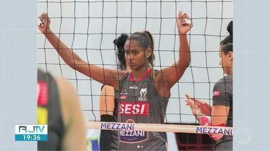 Atleta de Resende disputa Sul-americano de vôlei na Colômia - Mayany, de 24 anos vai encarar o Peru, na próxima quarta.