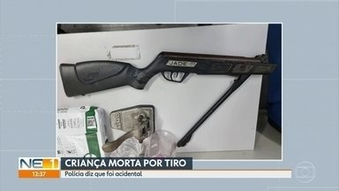 Bebê de 1 ano e 5 meses morre após ser baleado por primo de 11 anos acidentalmente - De acordo com a polícia, garotos de 11 e 13 anos pegaram carabina de pressão que estava guardada em quarto fechado para brincar na rua, no Sítio dos Pintos, no Recife.