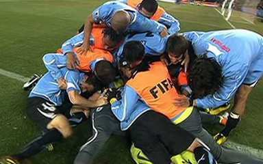 Confronto: Uruguai (4) 1 x 1 (2) Gana pelas quartas de final da Copa do Mundo Fifa 2010