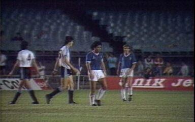 Em 1989, Uruguai bate Argentina por 2 a 0 no Maracanã pela semifinal da Copa América