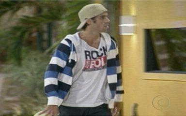 Mauricio foi o escolhido para retornar ao BBB11 após participar da Casa de Vidro