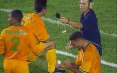 Em 2004, o Vasco é eliminado da Copa do Brasil pelo 15 de Novembro em São Januário