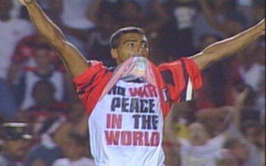 Em 1999, Flamengo vence o Vasco por 2 a 1 na final da Taça Guanabara