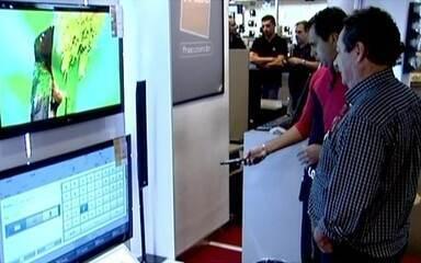 TV conectada com internet é mais nova atração das lojas de eletrônicos