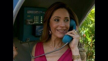 Christiane Torloni conversa com suas personagens no Tele-Ligados