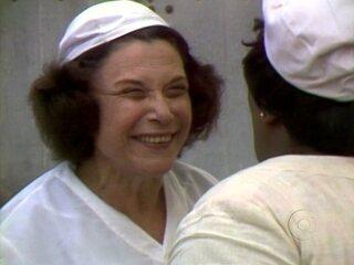 Túnel do Tempo do Vídeo Show: Há 35 anos, Yara Cortes emocionou o público com Dona Xepa
