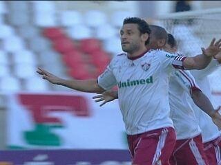 O gol de Flamengo 0 x 1 Fluminense pela 27ª rodada do Brasileirão 2012