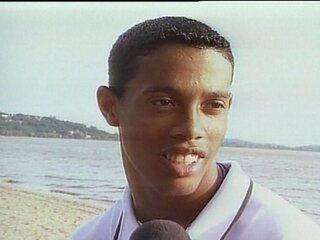 Em 2000, Ronaldinho Gaúcho é o garoto de 60 milhões de dólares