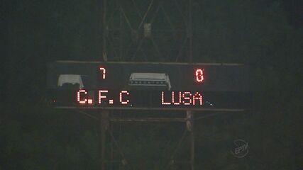 Reveja como foi a noite espetacular do Comercial contra Portuguesa no estádio Palma Travassos