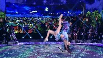 Carol Castro revê sua vitória na Dança dos Famosos