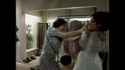 Relembre a briga histórica entre Raquel e Fátima na novela 'Vale Tudo'