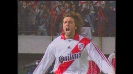 Em 1999, River Plate vence Palmeiras por 1 a 0 pela Taça Libertadores