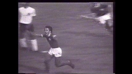Em 1974, Palmeiras vence Corinthians por 1 a 0 e é campeão paulista.