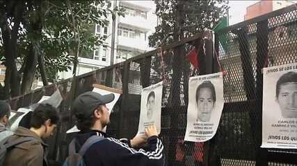 Desaparecimento de 43 estudantes no México completa um ano
