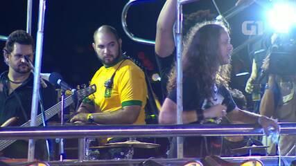 Carlinhos Brown e bandas de rock no circuito Barra-Ondina