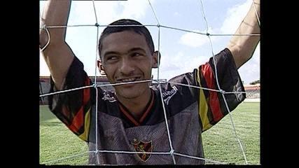 Fãs relembram passagem de Leonardo pelo Sport