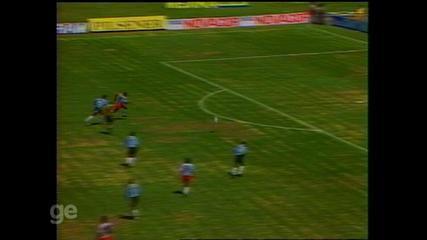 Relembre El Nacional 1 x 2 Grêmio pela Libertadores de 1995