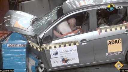 Fiat Palio fica com 1 estrela em novo teste de colisão