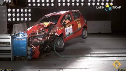 Chevrolet Spark GT zera em teste de colisão