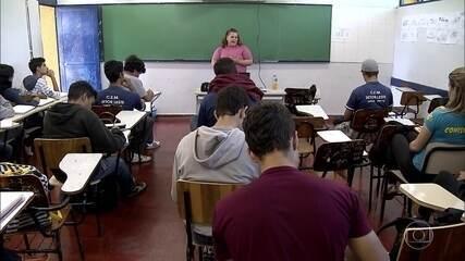 Especialistas falam sobre mudanças no ensino médio anunciadas pelo Governo