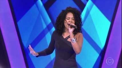 Kassia Marvila canta 'Coleção'