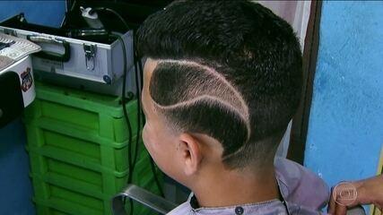 Concurso elege cabelo mais 'chavoso' da Zona Leste da capital
