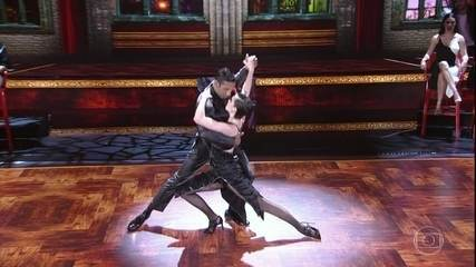 Sophia Abrahão surpreende ao dançar tango