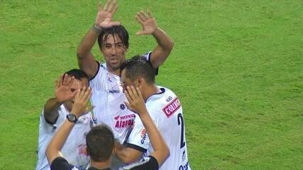O gol de Kível veio para sacramentar a vitória do ASA diante do Coritiba na Copa do Brasil