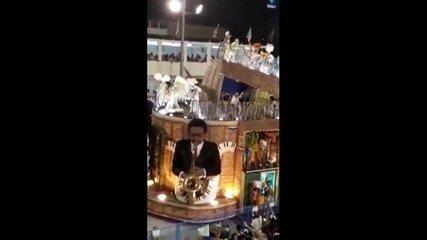 Vídeo mostra acidente com carro da Unidos da Tijuca