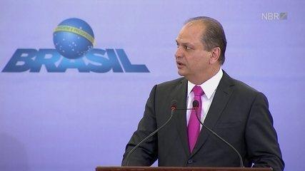 Ministro da Saúde fala sobre as novas diretrizes para o parto normal