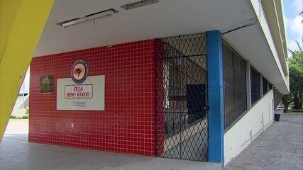 Greve dos professores afeta parte das escolas de PE