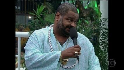 Cantor Arlindo Cruz passa mal e é hospitalizado no Rio