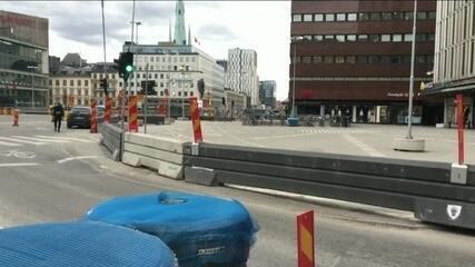 Caminhão avança contra pedestres e deixa ao menos dois mortos em Estocolmo, na Suécia