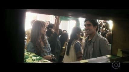Alice e Renato se conhecem