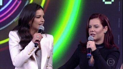 Fernanda Souza acerta música e sua dupla com Mariana Rios dispara no placar
