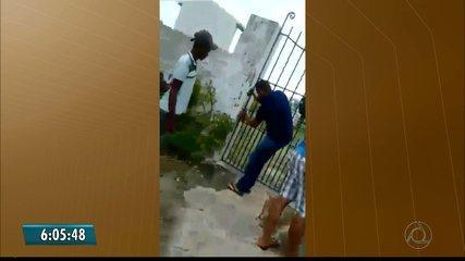 Moradores do Conde arrombam cadeado do cemitério público para poder enterrar uma criança