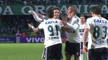 Os gols de Coritiba 4 x 1 Atlético-GO pela 1ª rodada do Campeonato Brasileiro