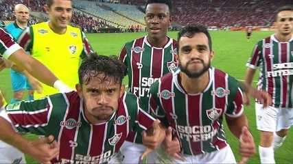 Henrique Dourado em mais uma de suas cobranças de pênaltis perfeitas, no clássico contra o Flamengo
