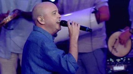 Alex Escobar canta 'Conselho'