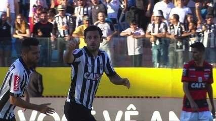 Gol do Atlético-MG! Cazares levanta na área e Fred marca de cabeça aos 11' do 2º tempo