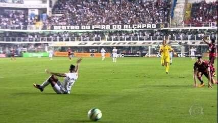Com polêmica de arbitragem, Santos vence Flamengo, mas cai na Copa do Brasil