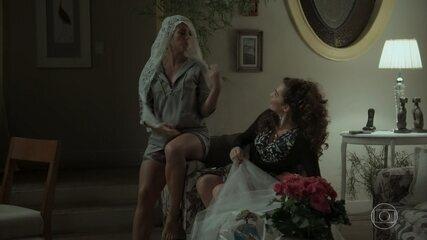 Jeiza será a noiva do arraial, e Edinalva reclama
