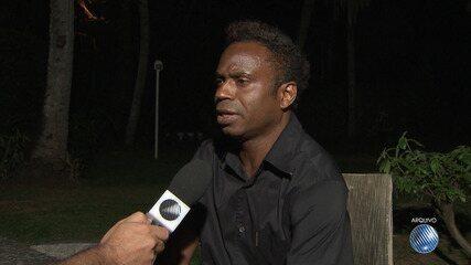 Ex-jogador de futebol Edílson é preso em shopping center da capital baiana