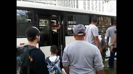 Preso em flagrante em outro ato obsceno homem que ejaculou em mulher em ônibus