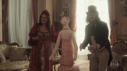 Licurgo e Germana oferecem um bolo em homenagem a Leopoldina